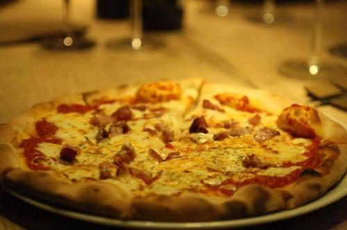 Pizza Funghi e Pancetta